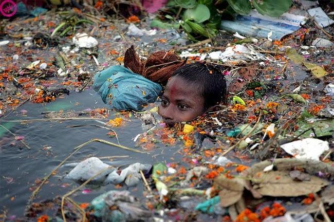 Картинки по запросу загрязнение окружающей среды мусором